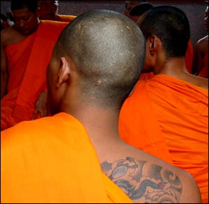 Thailande : cérémonie d'ordination